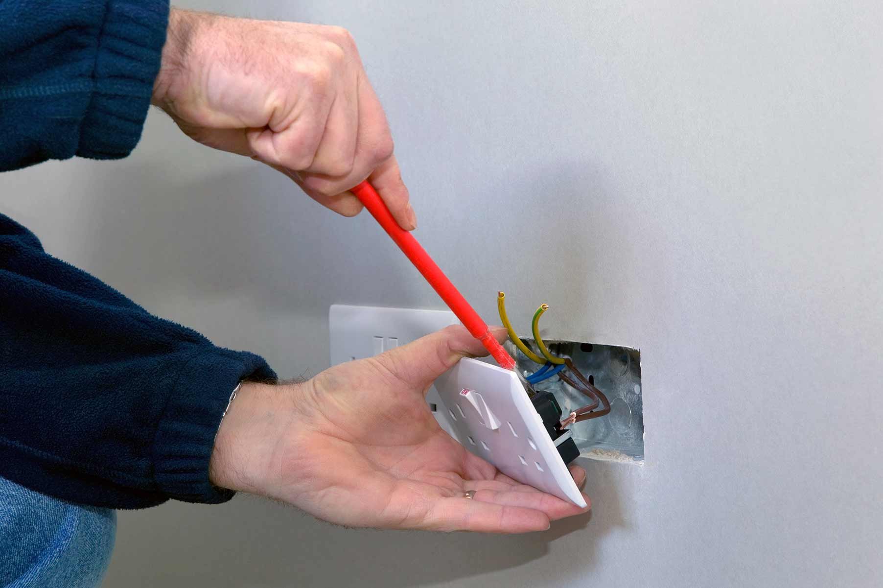 Our electricians can install plug sockets for domestic and commercial proeprties in Hayes and the local area.